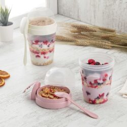 Joghurtos pohár müzli tartóval, kanállal L-00812